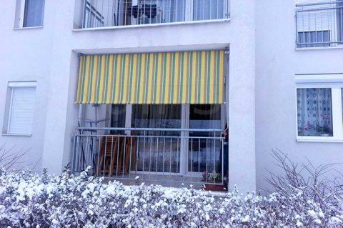 Separet N napellenző erkélyen
